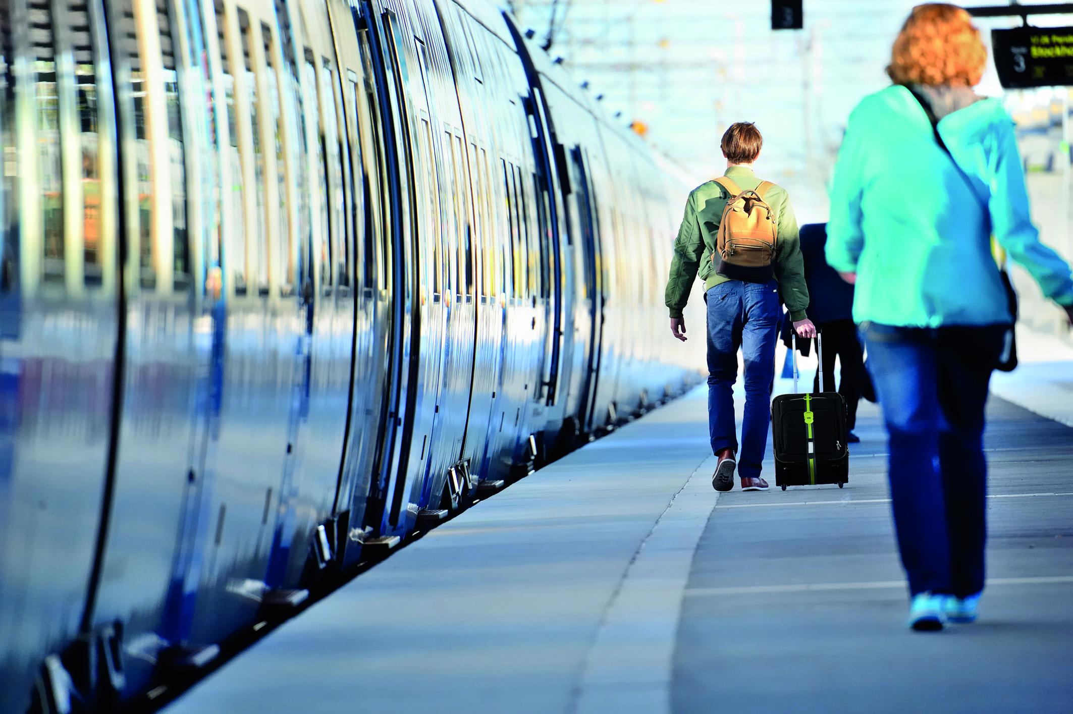 Ihr Koffer muss auf Reisen viel aushalten. So gewährleisten Sie vollen Schutz